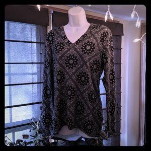 Rue 21 brand long sleeve top junior size XL
